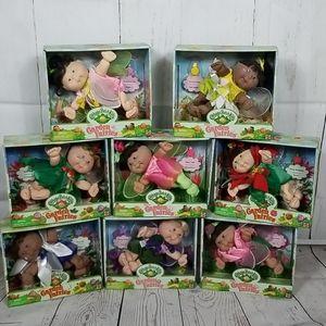 8 cabbage patch garden babies